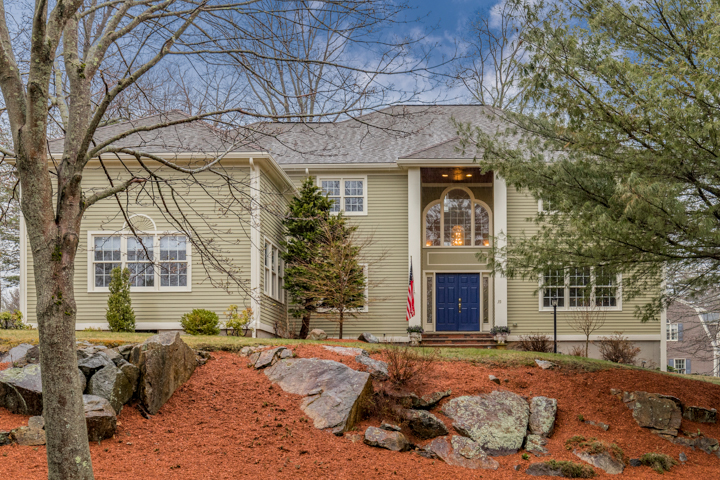 Stunning Colonial With Cook's Kitchen