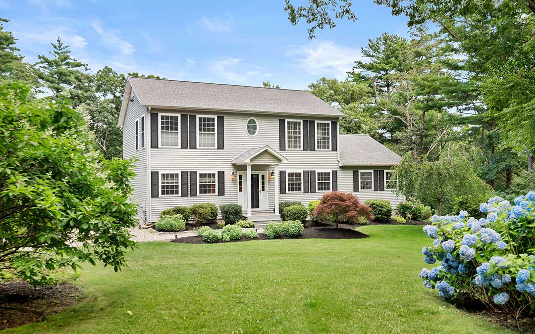 An Oasis of Serenity in Annisquam